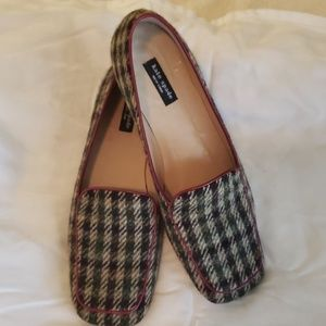 Kate Spade houndstooth with red trim shoes
